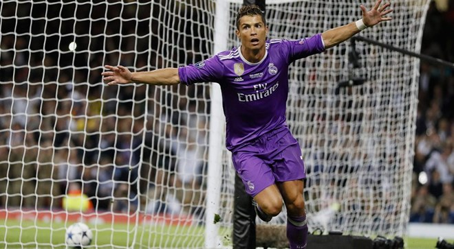 Ronaldo scores 2 to lift Real past Juve in Champions League final