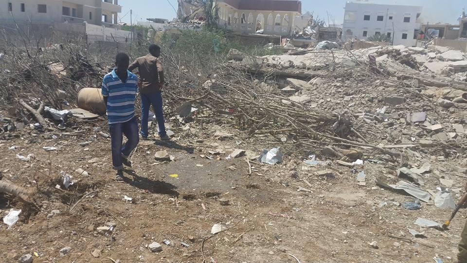 Twin explosions rock Mogadishu