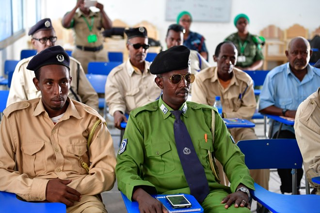 15 somali police officers complete training on IED detecting